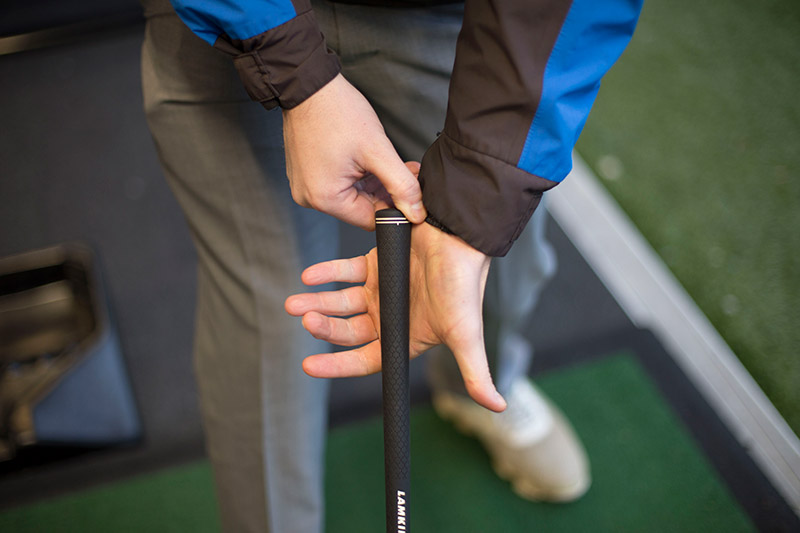 How Do I Hold A Golf Club Properly Topgolf Uk
